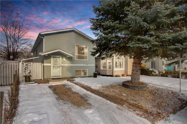 139 RIVERVALLEY CR SE, Calgary