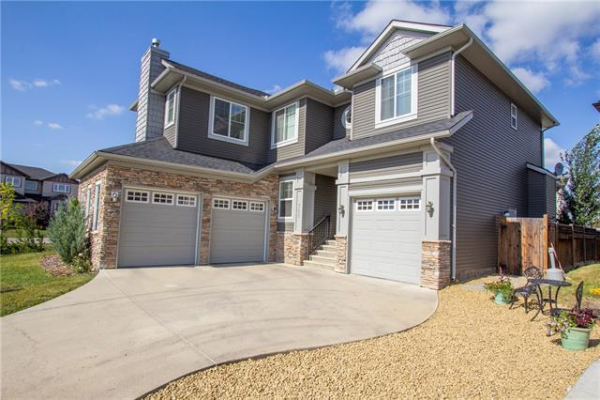 702 CANOE Avenue SW, Airdrie