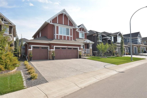 152 CRANARCH HT SE, Calgary