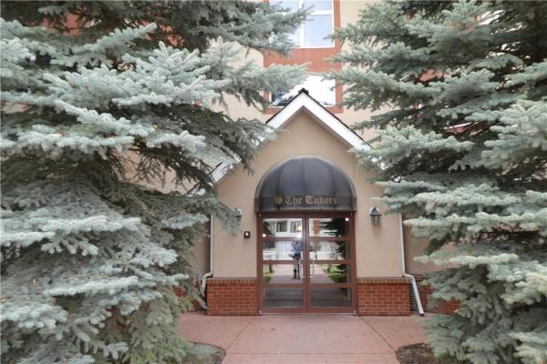 #207 60 SIERRA MORENA LD SW, Calgary