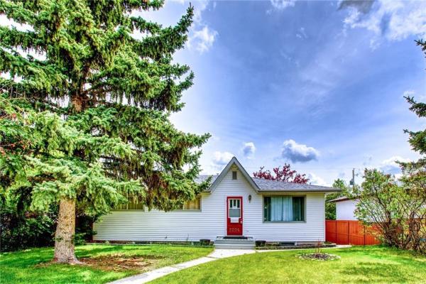 2204 38 ST SW, Calgary