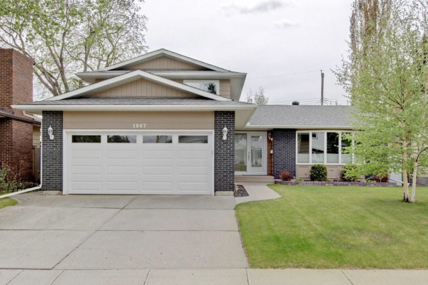 1007 LAKE ARROW WY SE, Calgary