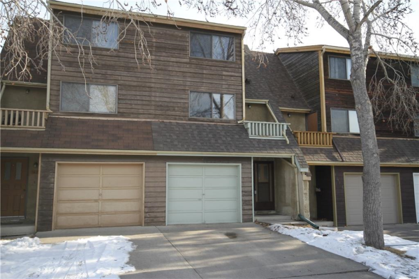 1418 RANCHLANDS RD NW, Calgary