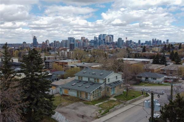 2604 18 ST SW, Calgary