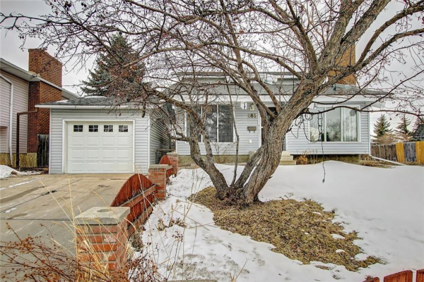 283 QUEENSLAND CI SE, Calgary