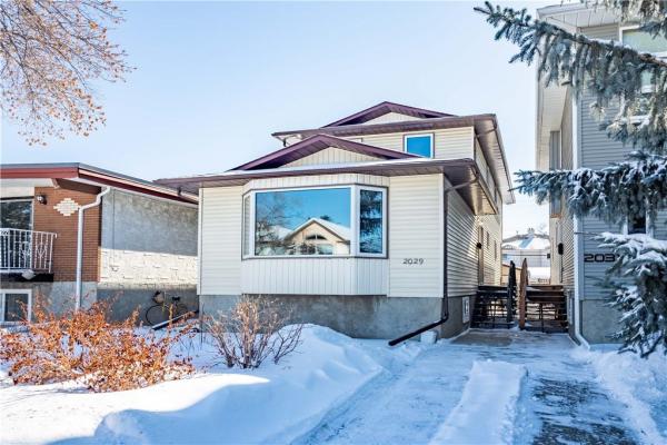 2029 3 AV NW, Calgary