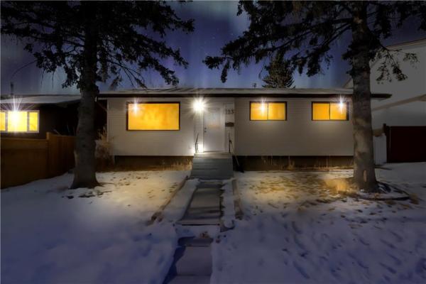 123 WHITEVIEW CL NE, Calgary