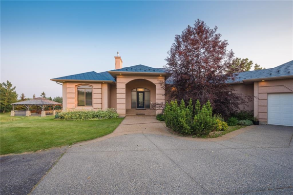 246 LOCHEND Drive, Rural Rocky View County