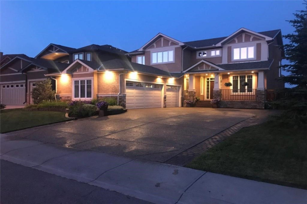 38 Elmont Estates MR SW, Calgary
