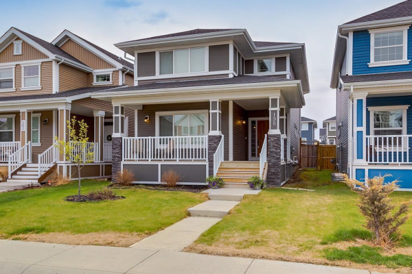 198 RIVER HEIGHTS Green, Cochrane