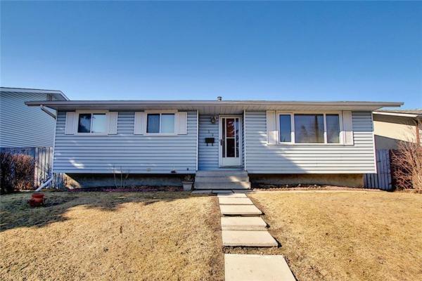 723 PENBROOKE RD SE, Calgary