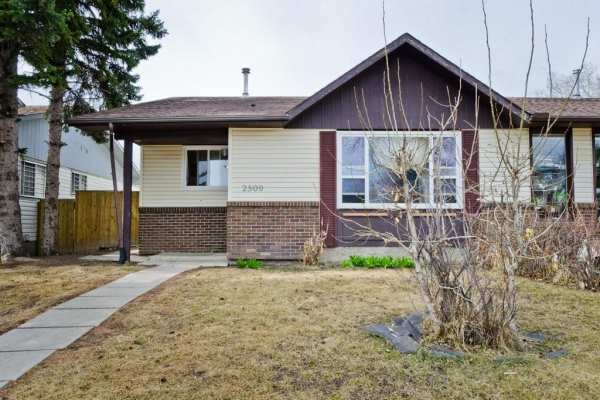 2509 62 ST NE, Calgary