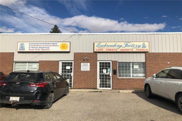 2018 36 ST SE, Calgary