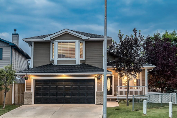 54 THORNDALE CL SE, Airdrie