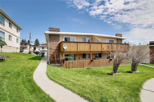 223 HUNTINGTON PARK Bay NW, Calgary