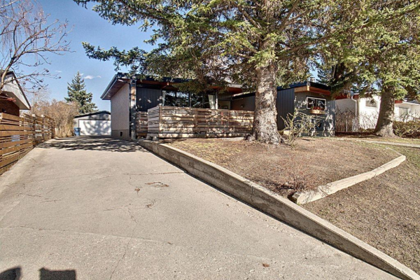 4012 36 Street NW, Calgary