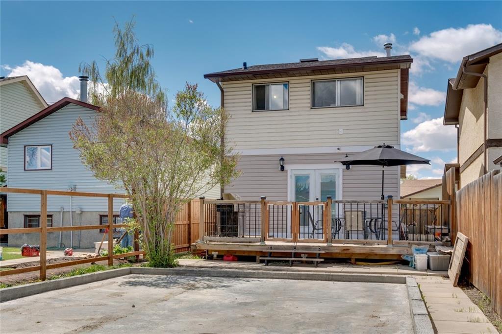 119 CASTLEGROVE RD NE, Calgary