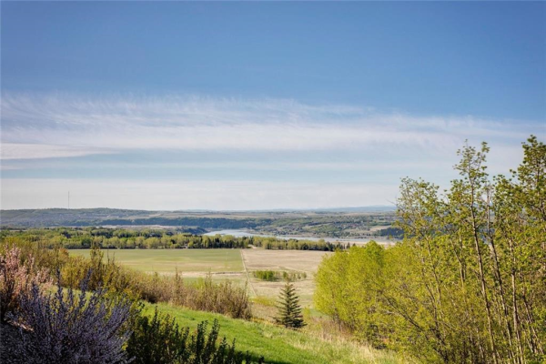 65 BEARSPAW POINTE Way, Rural Rocky View County