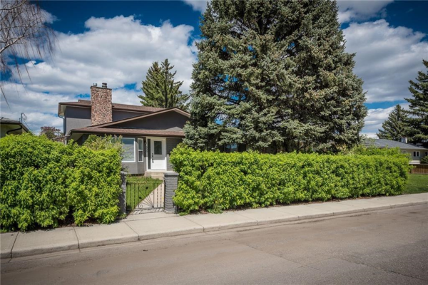 620 34 Avenue NE, Calgary