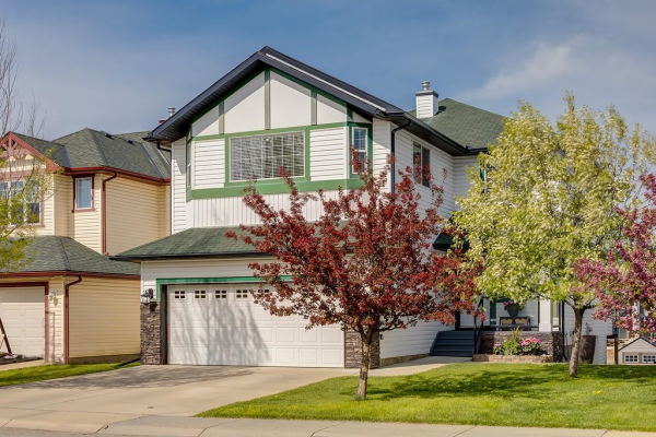 140 BAYSIDE PT SW, Airdrie