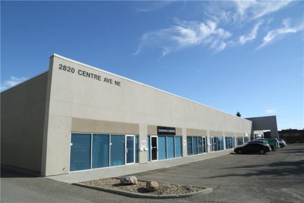 2820 Centre Avenue NE, Calgary