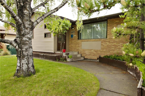 3471 CHIPPENDALE DR NW, Calgary