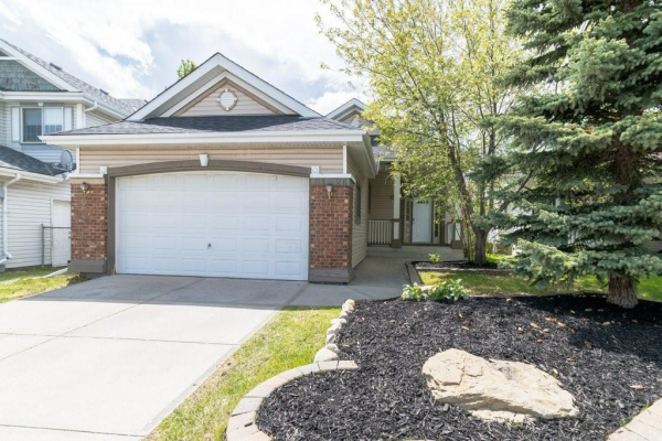 9126 SCURFIELD Drive NW, Calgary
