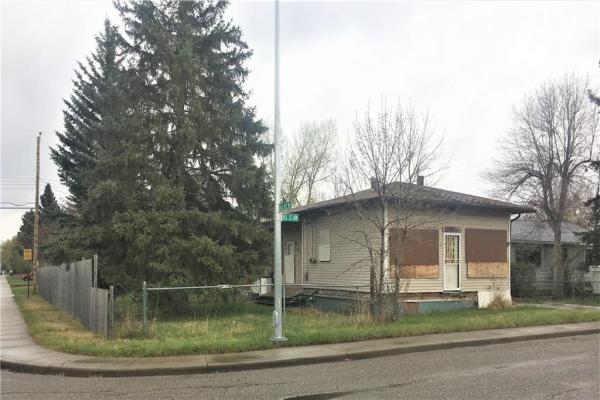 4320 81 Street NW, Calgary