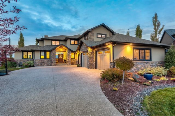 224 MONTCLAIR Place, Rural Rocky View County