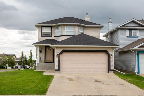 9385 HIDDEN VALLEY Drive NW, Calgary