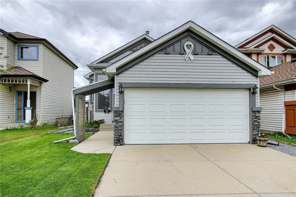 45 COVENTRY Way NE, Calgary