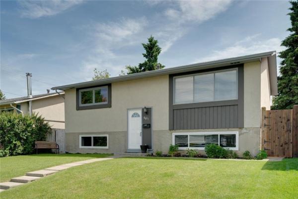 6811 29 AV NE, Calgary