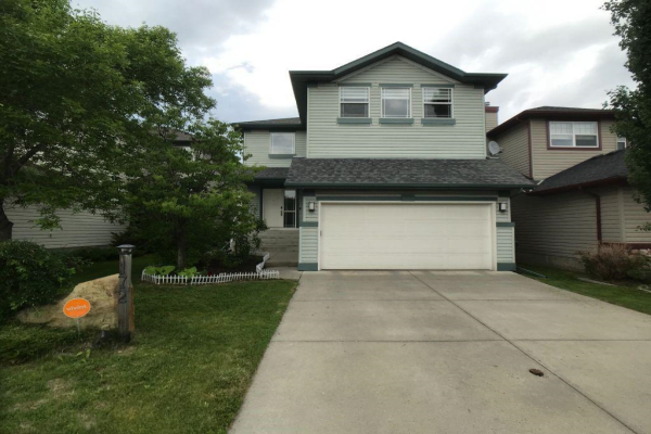 172 Valley Crest CL NW, Calgary