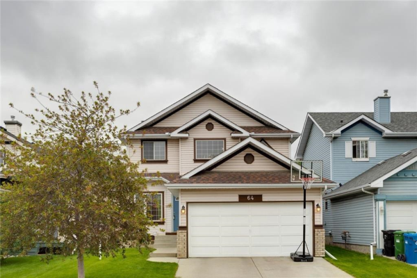 64 COVENTRY Green NE, Calgary