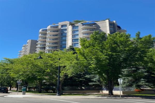 804 3 Avenue SW, Calgary