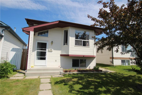 176 APPLESIDE CL SE, Calgary