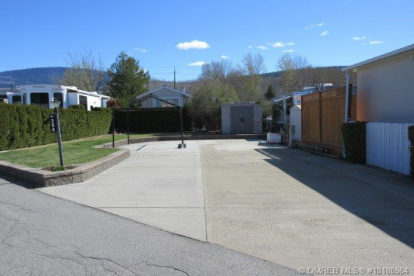 #294 415 Commonwealth Road,, Kelowna
