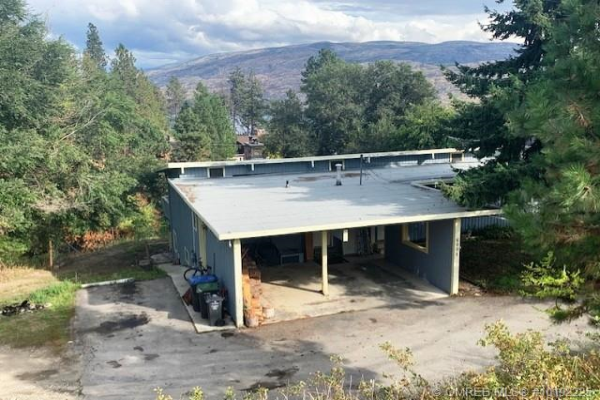 6009 Ellison Avenue,, Peachland