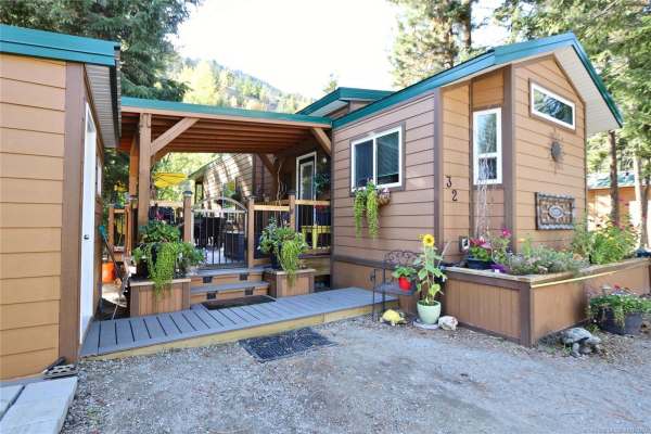#32 4835 Paradise Valley Drive,, Peachland