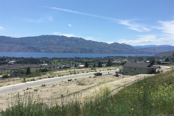 2138 Ensign Quay,, West Kelowna