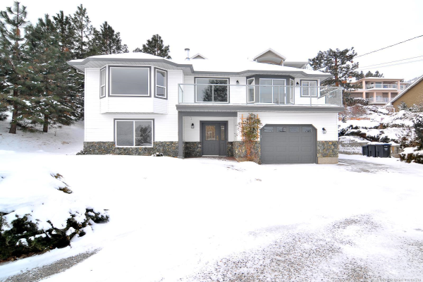 5290 Clarence Road,, Peachland