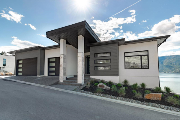 3396 Black Pine Lane,, Kelowna