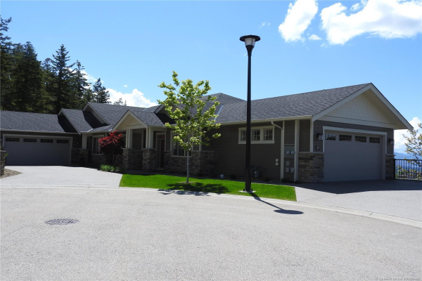 #34 875 Stockley Street,, Kelowna