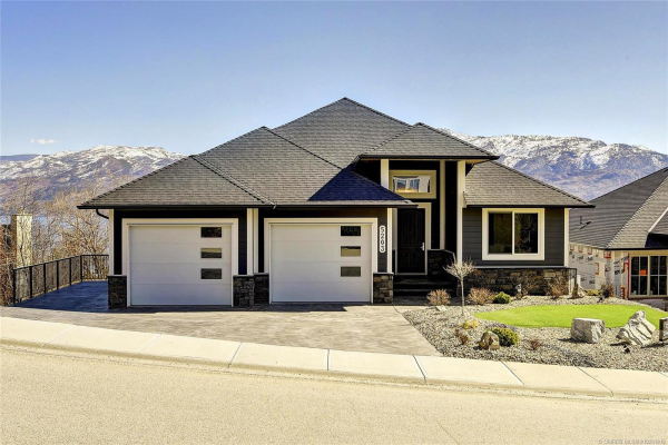 5203 Clarence Road,, Peachland