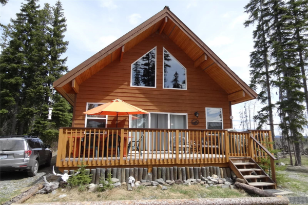 22 Hatheume Lake Road,, Peachland