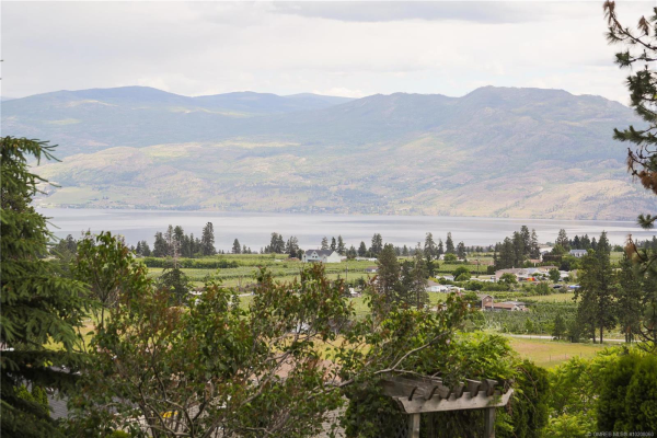 3107 Doucette Drive,, West Kelowna