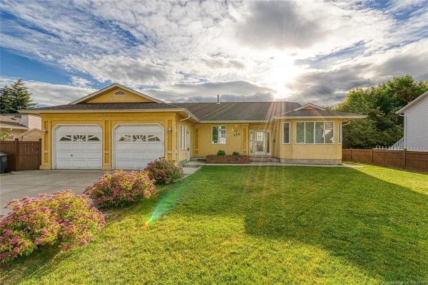 684 Mayfair Court,, Kelowna