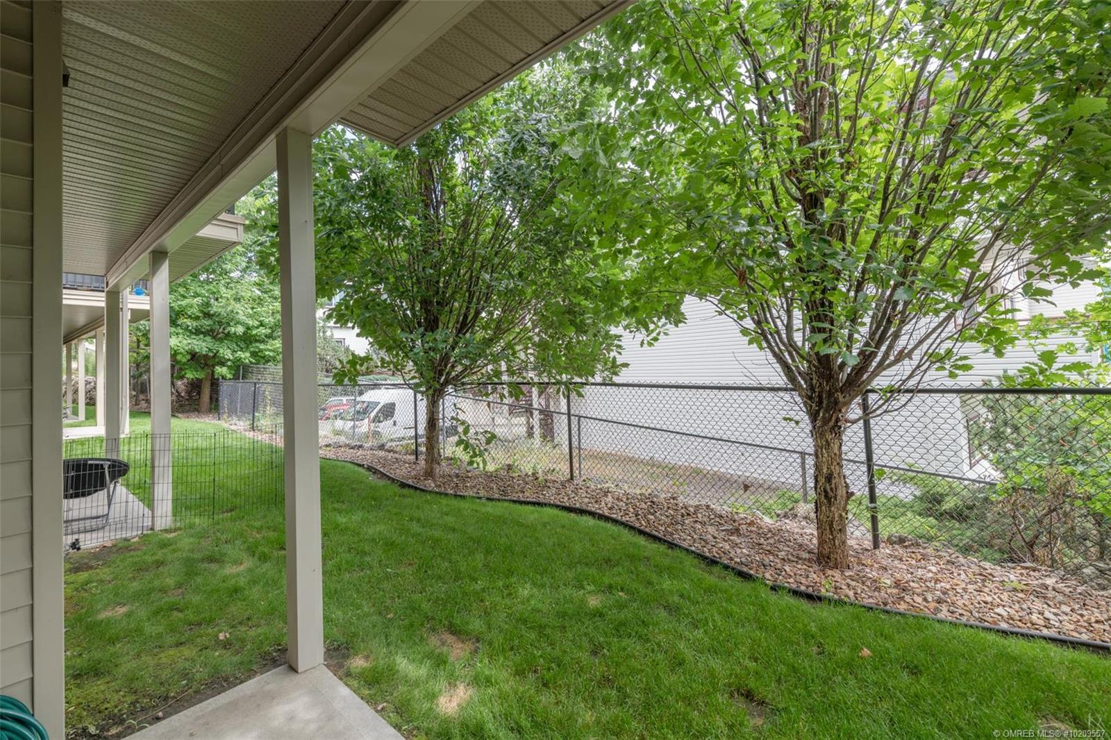 Listing 10209557 - Thumbmnail Photo # 17