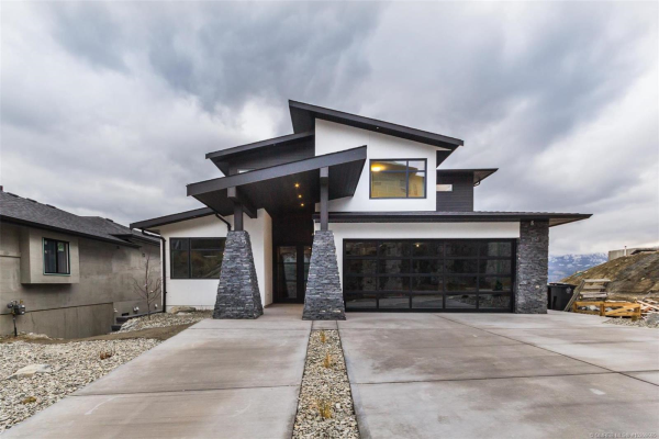 3961 Beachview Drive, E, West Kelowna