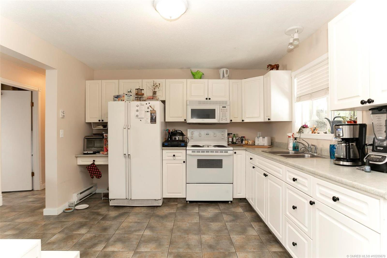 Listing 10209670 - Thumbmnail Photo # 36
